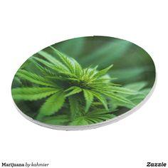 Marijuana Paper Plat