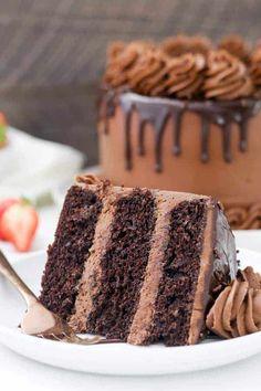 Chocolate Cake Recipe Homemade Chocolate Cake Easy, Best Moist Chocolate Cake, Chocolate Frosting Recipes, Chocolate Flavors, Chocolate Ganache, 3 Layer Chocolate Cake Recipe, Decadent Chocolate, Chocolate Buttercream Cake, Fluffy Chocolate Cake