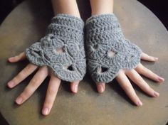 Gray Collection 2012 gloves yasofingerless grey by yasoknitting Gray Collection 2012 gloves yasofingerless grey  wool lace