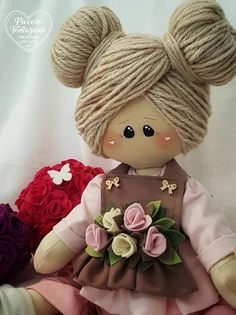 Best 12 Hand made Personalized Gifts – Puppet – Wedding Favors, Baby Favors, Dolls … – SkillOfKing.Com – SkillOfKing.Com Doll Clothes Patterns, Doll Patterns, Doll Crafts, Sewing Crafts, Fabric Doll Pattern, Sewing Dolls, Doll Hair, Waldorf Dolls, Fairy Dolls