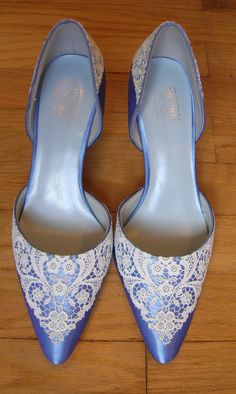 lace embellished shoes!