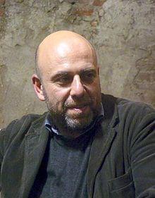 Paolo Virzì (Livorno, 4 marzo 1964) è un regista, sceneggiatore e produttore cinematografico italiano. È tra i principali eredi ed innovator...