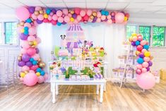 Minnie and Daisy Birthday Party Ideas Minnie Mouse Party Decorations, Minnie Mouse Theme Party, Minnie Mouse First Birthday, Mouse Parties, 1st Birthday Themes, First Birthday Parties, Third Birthday, Minnie Y Daisy, Daisy Duck Party