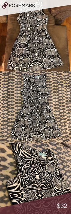 EUC⭐️ Aina Be B&W Patterned A-line Dress This beautiful dress is perfect for a formal event! This dress is in excellent condition and has been well maintained through all uses. It was originally purchased at Francesca's. Francesca's Collections Dresses Mini