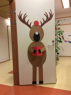 Office Christmas, Christmas Ideas, Entertaining, Ideas Para, Classroom Ideas, Kids, Barn, School, Xmas