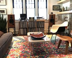 33 Rackit Modular Vinyl Solutions Best Picture For Audio Room studio For Your Taste You are lo. Room Speakers, Audio Room, Vinyl Storage, Record Storage, Cool Rooms, Small Rooms, Chill Out Room, Vinyl Room, Home Hacks