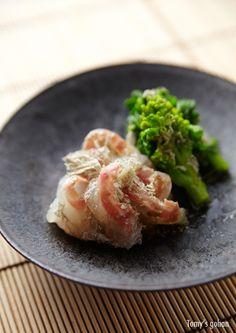 Sea Bream and Broccoli Rabe with Shredded Kelp 鯛と菜の花のおぼろ昆布和え
