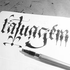 Todos os meus jobs de tatuagem vão sair….paciência queridos amigos/clientes #tatuagem #type #typography #tipocali #maquinario #estudiomaquinario #sp #love #lettering #handmade #handmadelettering #brasil #caligrafia #inspiration #espm #idea #calligraphy #handwriting #design #art #creativity #letters #typeverything #sketch #sketchbook #ink #instart  (em Reginato's)