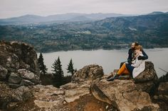 Sara and Dylan photography. Look how beautiful oregon is!'