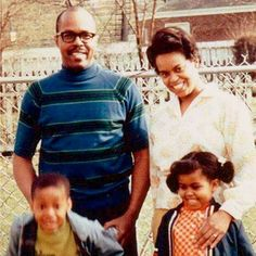 Michelle Obama with her parents and brother