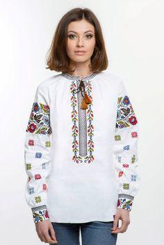 Жіноча вишиванка з традиційними вишитими візерунками борщівської вишивки.  Вишивка хрестиком. 24738c9933477