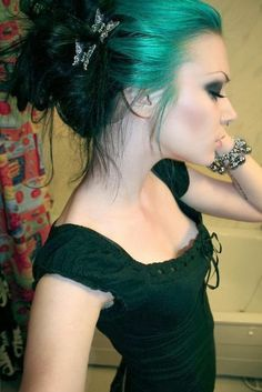 Pretty black and teal hair