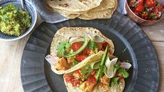 Foto: Lise Finckenhagen Pulled Pork, Guacamole, Tacos, Mexican, Ethnic Recipes, Food, Shredded Pork, Essen, Meals