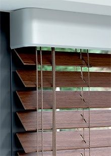 Luxaflex Houten Jaloezieën Natuurlijke warme sfeer in uw huis Aluminium bovenbak