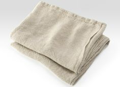 Calendar Island Natural Linen Bath Towels by Brahms Mount. Flat, plain-weave towels made from linen. Soft, durable and super absorbent. Linen Towels, Linen Napkins, Cotton Towels, Bath Towels, Striped Towels, Striped Linen, Long John Underwear, Towel Crafts, Kitchen Hand Towels