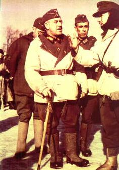 Generalleutnant Emilio Esteban-Infantes from Division Azul and his soldiers
