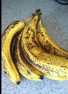 25 THINGS YOUR MOTHER SHOULD HAVE TOLD YOU   1. Take your bananas apart when you get home from the store. If you lea