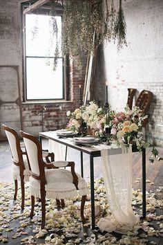 Свадьба в стиле «индустриальный шик». Оформление зала