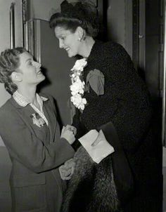 """Maureen O""""Hara says goodbye to her mother, Marguerita FitzSimmons, who is returning home to Dublin. ca.1940. ©Delani Collection"""