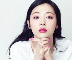 Sulli de f(x) sorprende con su increíble belleza en la revista High Cut