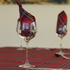 There is nothing quite like tartan for the christmas table