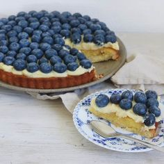 Blåbærmazarin tærte med vaniljecreme - Maria Vestergaard
