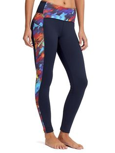 Colorburst Power Lift Tight - Finally, your winter training gets a super-warm, plush tight with a streamlined look thanks to compression paneling and a high-rise design.