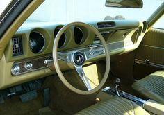 Olive green interior in a 1969 Oldsmobile 442