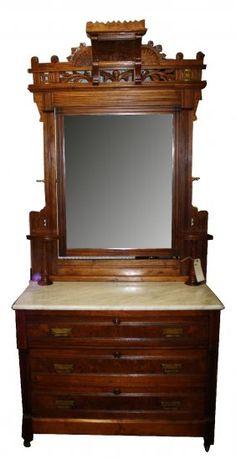 164A: American Eastlake dresser in walnut & burl : Lot 164A