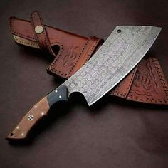 Handmade Damascus Steel Cleaver knife Chopper knife Chef Kitchen Knife With Leather Sheath Chopper, Handmade Chef Knife, Handmade Knives, Damascus Knife, Damascus Steel, Triumph Motorcycles, Scooters, Mopar, Cleaver Knife