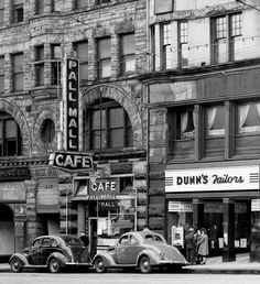 West Hastings Street, southside, just east of Homer, Friday 3 May 1940 Full image. Source: City of Vancouver Archives # Bu (cropped) Draw On Photos, Old Photos, Past Tense, History Facts, Local History, Iconic Photos, World Pictures, Most Beautiful Cities, Old Postcards
