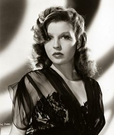 Betty Field born in Boston, Massachusetts on 8 February She died 13 September 1973 in Hyannis, Massachusetts. Hollywood Glamour, Classic Hollywood, Old Hollywood, Hollywood Style, Hollywood Icons, Hollywood Actresses, Classic Beauty, Timeless Beauty, Betty Field
