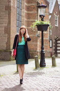 Green Ton Sur Ton Outfit - Retro Sonja | Vintage Fashion Blog - Items from @wtgirlantwerp, @Primark - www.retrosonja.com