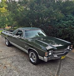 https://flic.kr/s/aHskfRsQwD | 1971 El Camino Survivor | Numbers matching Super Chevy show Award winner. SS Hood available and painted to match