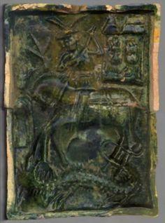 Kafel piecowy z przedstawieniem legendy o św. Jerzym - Chudów, XV w., ze zbiorów Muzeum Zamek Chudów, fot. arch. Muzeum w Gliwicach