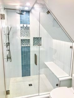 Custom glass shower enclosures by Ultimate Glass Art, Inc in Chicago.