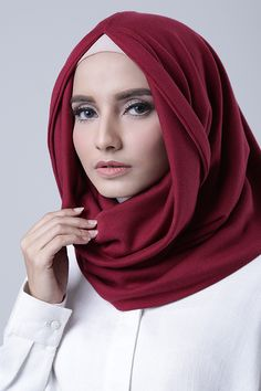 Ruby Hijab Tutorial, Lacoste, Shawl, Scarves, Hoodie, Hijabs, Photo And Video, Clothes For Women, Belts