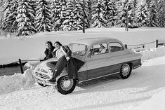 Skoda octavia Cold War, Car Car, Antique Cars, Classic Cars, Motorcycles, Iron, Bike, Culture, Retro