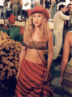 15 Looks Only Carrie Bradshaw Can Wear  - Cosmopolitan.com