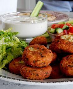 Φαλάφελ με σος ταχίνι Tasty Videos, Tahini, Falafel, Smell Good, Tandoori Chicken, Salmon Burgers, Food For Thought, Baked Potato, Recipies
