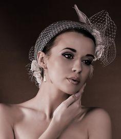 coiffe peigne ceremonie coiffure mariee chignon mariage bibi chapeau retro vintage chic voilette. Black Bedroom Furniture Sets. Home Design Ideas