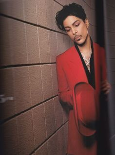 21 Nights, book of Prince's 2007 London tour in photography, taken by Randee St Nicholas.: