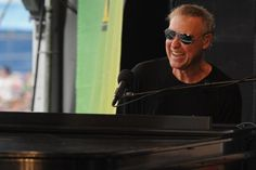 Bruce Hornsby on the Grateful Dead, Connecting with Trey Anastasio + Going Beyond His Hits: Exclusive Interview  Read More: Bruce Hornsby on the Grateful Dead, Connecting with Trey Anastasio + Going Beyond His Hits: Exclusive Interview | http://ultimateclassicrock.com/bruce-hornsby-grateful-dead-interview-2015/?utm_source=sailthru&utm_medium=referral&utm_campaign=newsletter_4572276&trackback=tsmclip