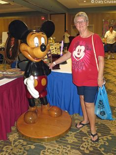 """Guest blogger Gary Cruise, for AllEars.Net, drove to Dayton Ohio for the annual Disneyana Show & Sale hosted by the Dayton """"Plane Crazy"""" Chapter of the Disneyana Fan Club. Check out all the treasures he discovered! Looks like such fun : ) http://land.allears.net/blogs/guestblog/ 
