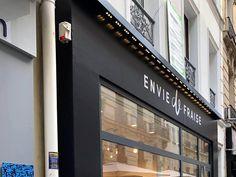 20 Idees De Marquage Adhesif Panneau Boutique Lyon Boutique Lyon Lyon Signaletique