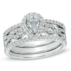 7/8 CT. T.W. Pear-Shaped Diamond Bridal Set