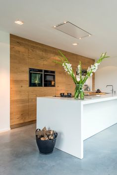 49 Cool Small Kitchen Design With Island Modern Grey Kitchen, Grey Kitchen Designs, Kitchen Room Design, Modern Farmhouse Kitchens, Modern Kitchen Design, Kitchen Layout, Kitchen Interior, Home Kitchens, Kitchen Decor