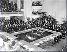 The Treaty of Versailles was one of the peace treaties at the end of World War I. It ended the state of war between Germany and the Allied Powers. It was signed on 28 June exactly five years after the assassination of Archduke Franz Ferdinand. Treaty Of Versailles, Palace Of Versailles, Paris, Modern World History, Historia Universal, Learning Sites, Net Neutrality, Canadian History, Versailles