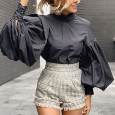 Women's Vintage See-through Pearl Bubble Sleeves Blouse Trend Fashion, Look Fashion, Hijab Fashion, Winter Fashion, Fashion Dresses, Womens Fashion, Fashion Design, Fashion 2020, Looks Chic