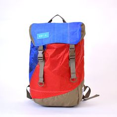 Discover Pack Reuse Recycle Sails Blue Red Urban by MafiaBags